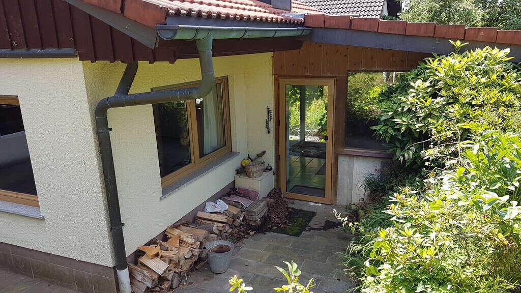 Wohnen im schönen Ebni. 2 Zimmer Wohnung 84 m² + 100 m² Werkstatt